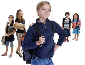 Если поймете, что у сына или дочери проблемы в общении, что одноклассники испытывают ваше чадо на прочность (это часто бывает в детских коллективах), не паникуйте и не бегите сразу скандалить в школу