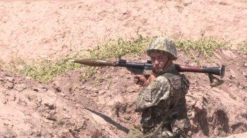Военные ЮКО отрабатывают действия в случае боевой обстановки