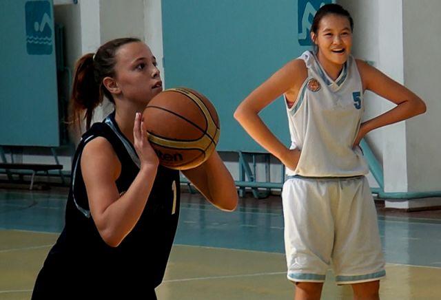 Сборная ЮКО по баскетболу на тренировках