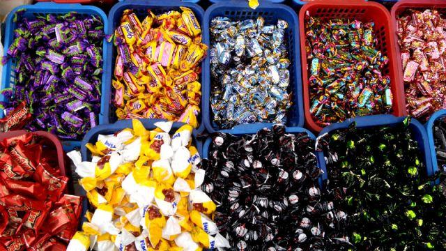Продавцы пообещали, что со следующей недели цены на российские сладости поднимутся