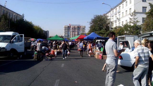 Сельскохозяйственная ярмарка организованная под руководством Палаты предпринимателей области вызвала ажиотаж среди шымкентцев