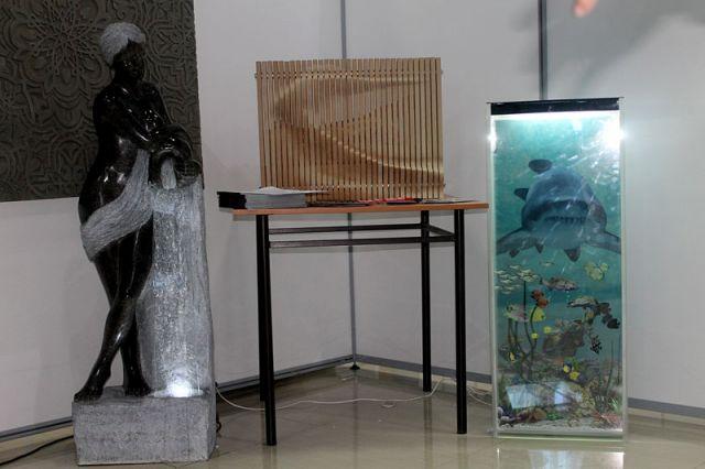 Отделочные материалы и разнообразные предметы интерьера