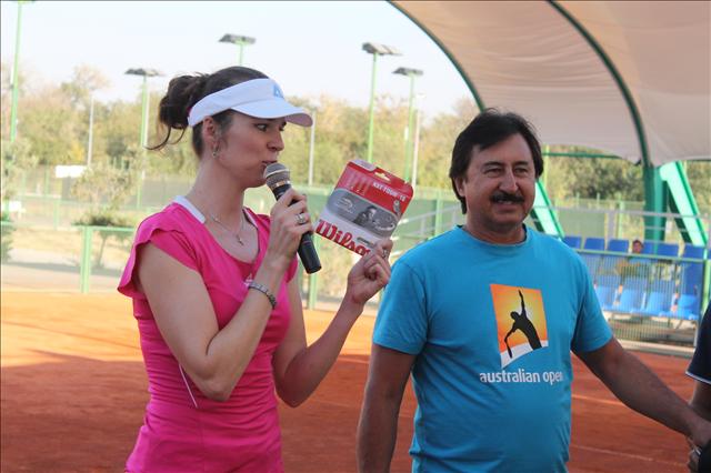 Розыгрыш струн для теннисной ракетки
