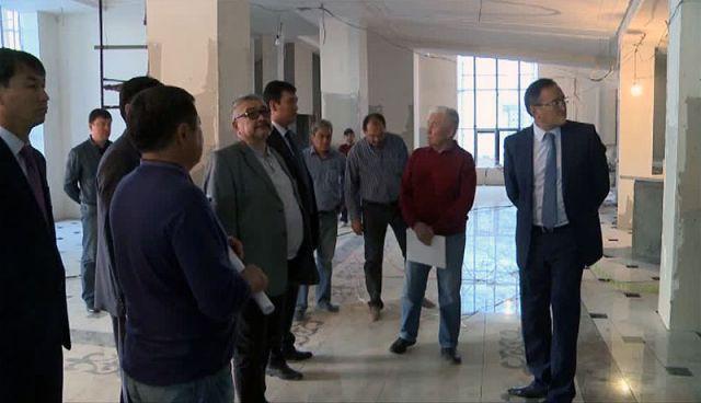 Аким ЮКО посетил строящиеся объекты в новом центре Шымкента
