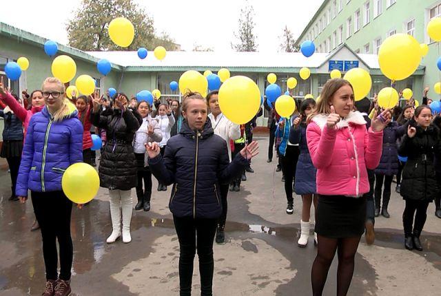 Шымкентский лицей № 15 отпраздновал свой 20-летний юбилей