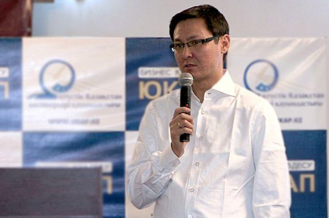 Председатель правления компании «London-Almaty», Ергали Бегимбетов делится своим опытом с предпринимателями ЮКО
