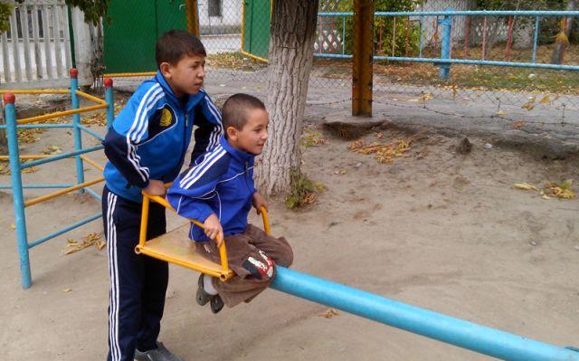 Брошенные дети в Шымкенте