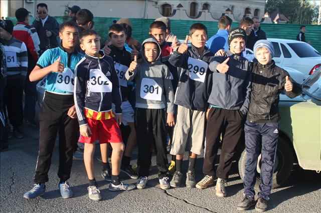 Юные спринтеры, участники марафона ко дню города
