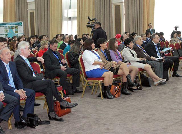 """Форум проходил в Конгресс-центре """"Шымкент"""""""