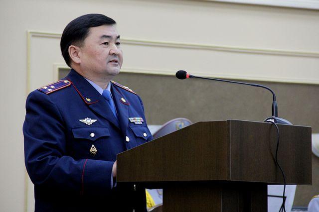 """На собрании представители МВД, приехавшие из Астаны разъясняли своим коллегам республиканскую стратегию """"Казахстан 2050. Одна цель, одни интересы, одно будущее"""""""