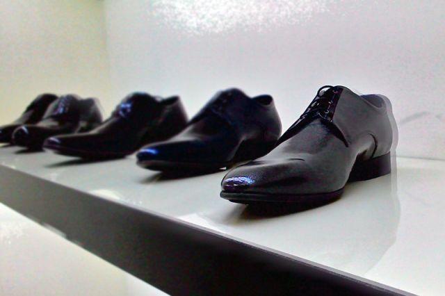 Широкий ассортемент мужской обуви