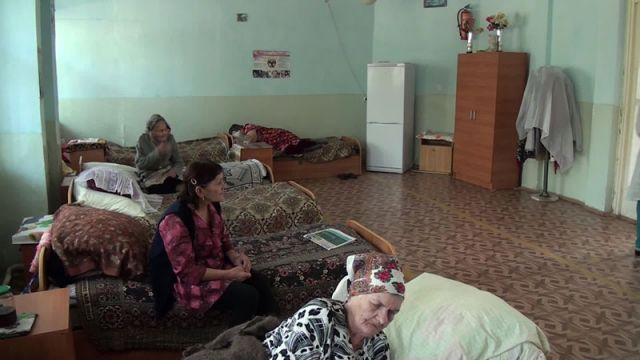В шымкентском центре социальной адаптации для бездомных, отдела занятости и соцпрограмм г. Шымкента