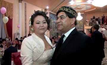 Фото со свадьбы Хесуса Гарай и Жанат Алиповой