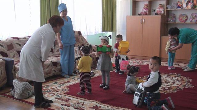 В шымкентском доме ребенка сегодня 62 малыша