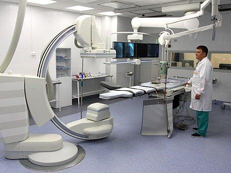 Благодаря открытию ангиографического кабинета с начала 2013 года, подобные операции стали возможны