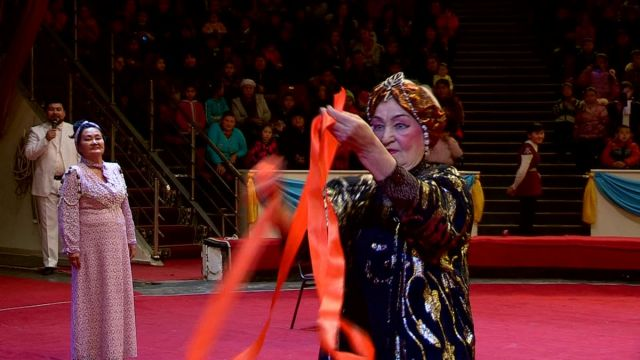 Онтустик цирк празднует свое трехлетие