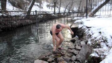 Спасатели ЮКО на Крещение работают в усиленном режиме