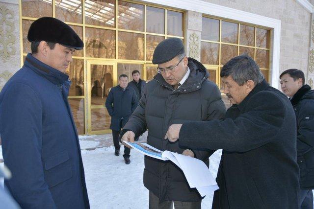 Аким ЮКО посетил объекты культуры города