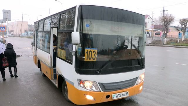 На пассажирских автобусах Шымкента устанавливают видеорегистраторы