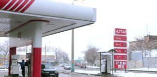 На заправках Шымкента подешевел бензин