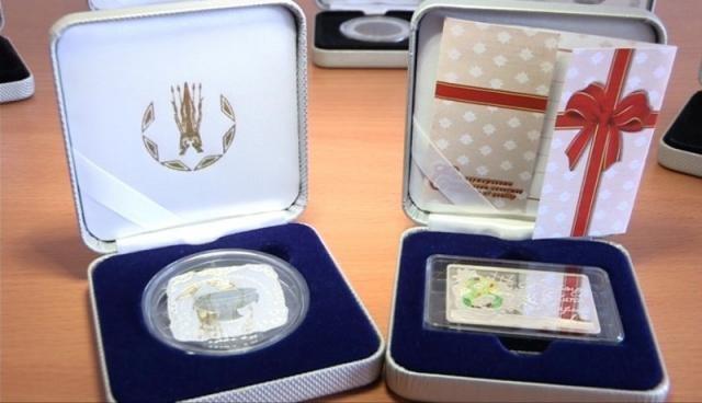 Все памятные монеты выпущены в сувенирной упаковке и снабжены номерным сертификатом качества