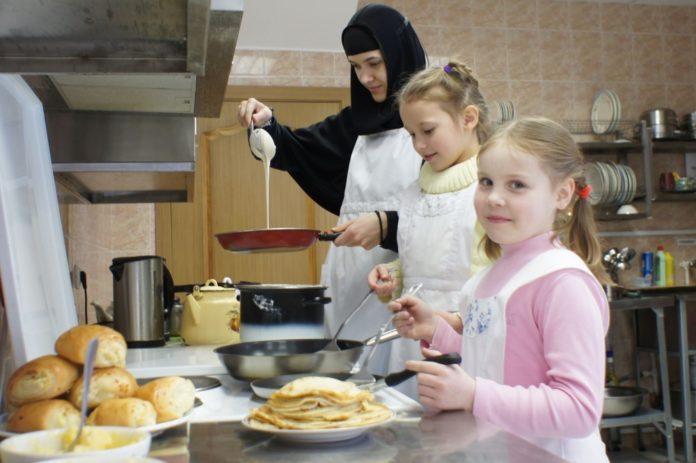 Сегодня у православных началась масленичная неделя