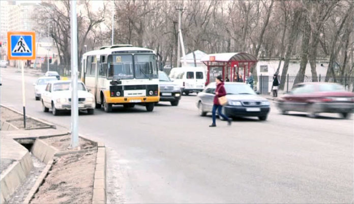 Переходить дорогу возле областного ЦОНа станет безопасно только в апреле