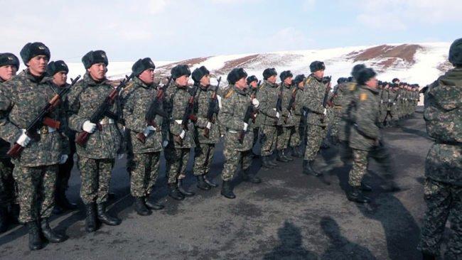 Военнослужащие в/ч 6698 получили новые здания