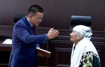 Председатель областного суда выслушал жителей ЮКО