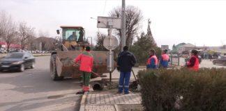 В Шымкенте вовсю идут весенние санитарно уборочные работы