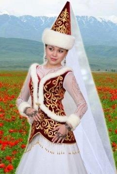 В старые добрые времена по костюму женщины, независимо от того, выглядит она моложе или старше своих лет, можно было определить ее возраст