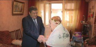 С наступающим Международным женским днем тружениц тыла поздравил аким Абайского района