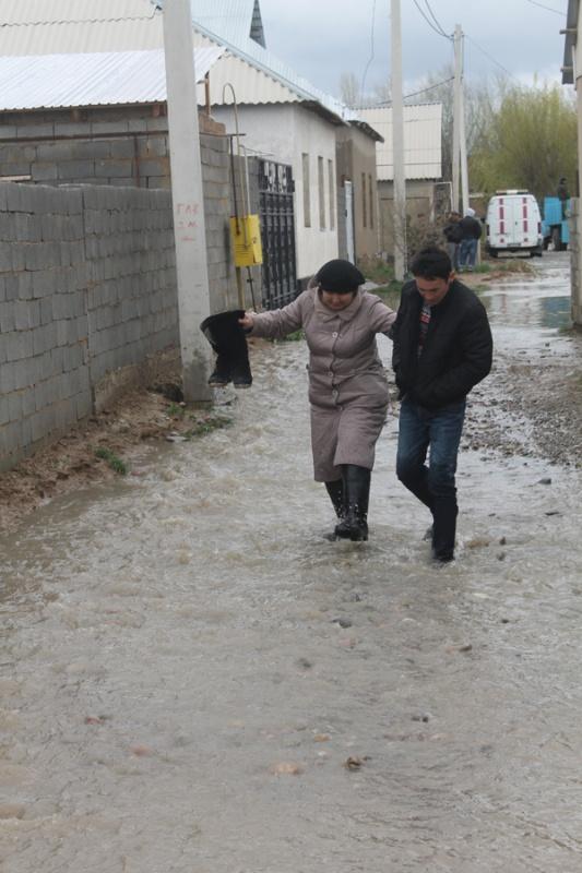 Наурыз для жителей некоторых микрорайонов города, а также для спасателей прошел в режиме ЧС.