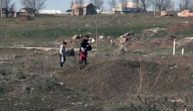 """Жители микрорайонов """"Ынтымак"""" и """"Солтустик"""" вместо дороги получают обещания"""