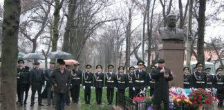 В Шымкенте отметили 100-летие Жумабека Ташенева