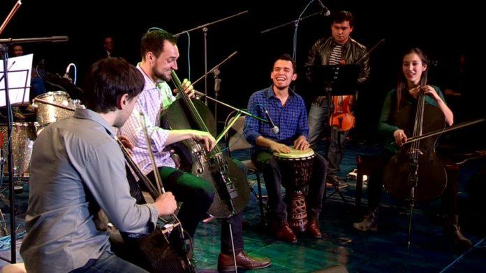 Музыканты из США собрали в Шымкенте полный зал
