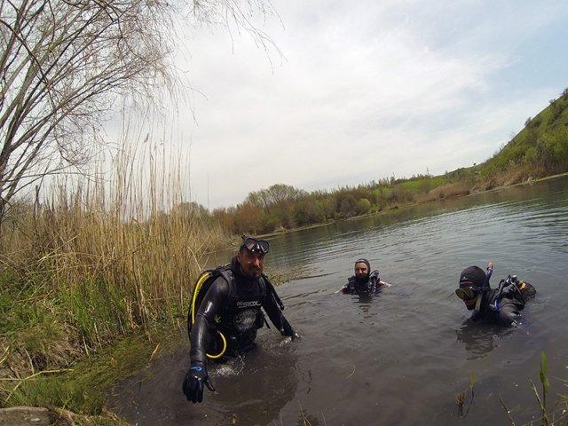 Усилиями подводников озеро вернет первозданный вид