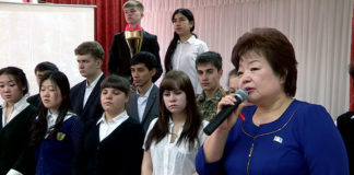 """Школы Шымкента проводят эстафету """"Путь к Победе"""""""