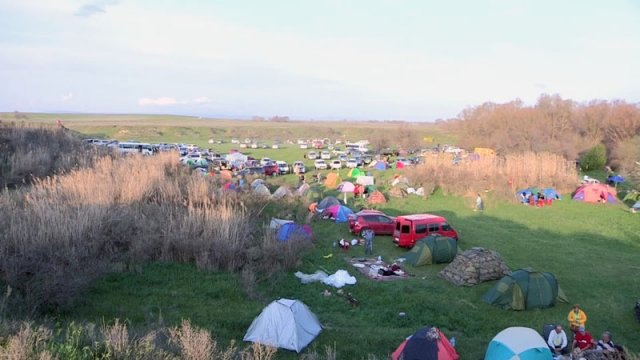 На берегах Арыси прошел второй фестиваль бардовской песни «Южный ветер»
