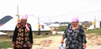 """Жителям микрорайона """"Курсай"""" воду приходится покупать у соседей"""