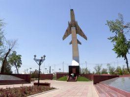 Путевку в небо получали в Шымкенте курсанты Чугуевской летной школы