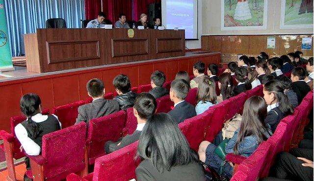В Шымкенте начали борьбу вредных привычек у молодежи