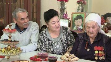 Агния Кулмухамедова с дочерью и зятем