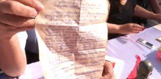 В шымкентской школе имени Молдагуловой вскрыли капсулу с посланием нынешнему поколению