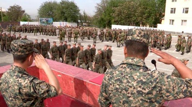 В воинской части 6506 отметили День защитника Отечества и наградили лучших бойцов