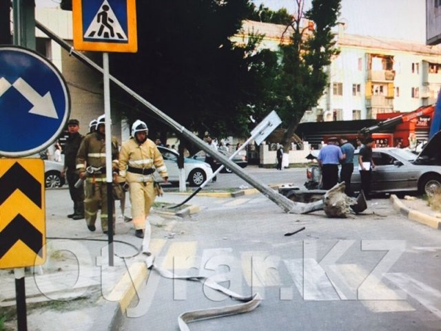 Жуткое ДТП со смертельным исходом произошло в центре Шымкента