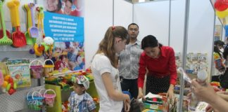 Особым спросом на выставке пользуются развивающие игрушки