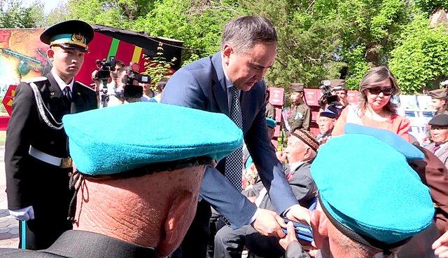 В Шымкенте начали отмечать 70-летие Победы в Великой Отечественной войне