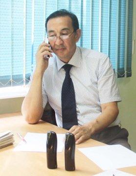 Аким Каратауского района Шымкента ответил на вопросы горожан