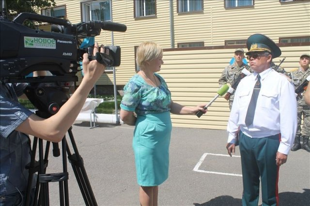 50 южноказахстанцев приняли присягу в Караганде